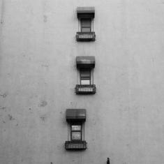 Three Windows, Sixth Avenue